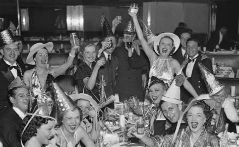new year s eve bash celebrating classic hollywood s leading how to host a new year s party that doesn t suck made man