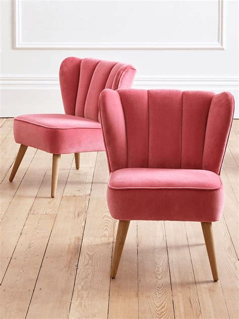 pink velvet armchair best 25 velvet chairs ideas on pinterest blue velvet