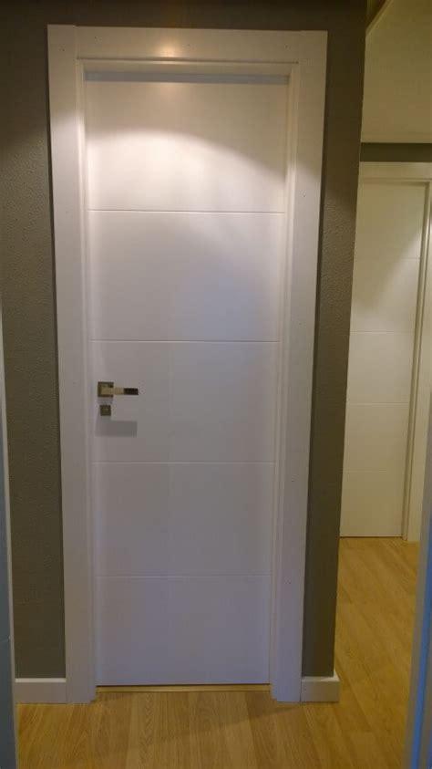 puertas de paso  vidriera lacadas puertas actur