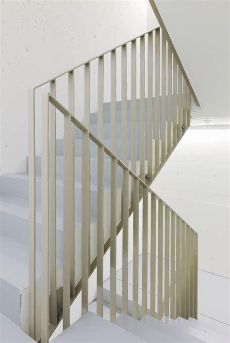 treppengeländer handlauf halterung treppe handlauf idee