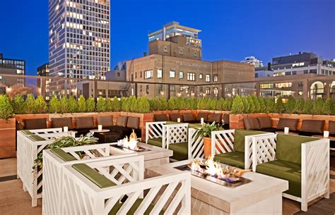 roof top bars chicago rooftop bar chicago drumbar raffaello hotel downtown