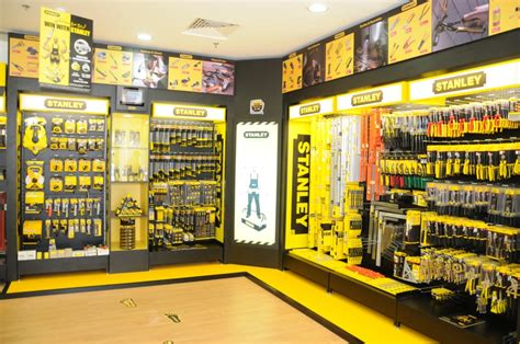 its tools shop dubai news uae news gulf news business news stanley
