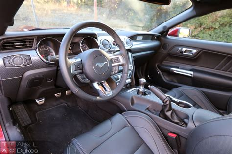 interior of mustang 2015 2015 ford mustang gt interior 004 the about cars