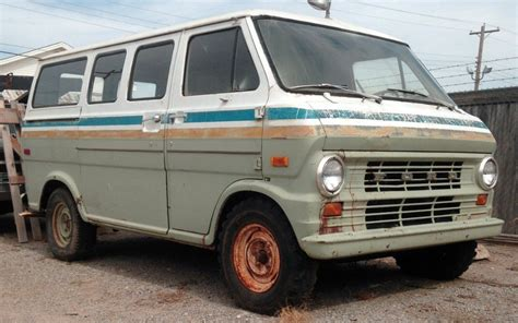 Bell Ford by 1972 Ford E100 Southwestern Bell