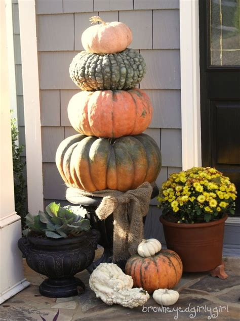 pumpkin topiary ideas fall pumpkin topiary ironically this is called brown