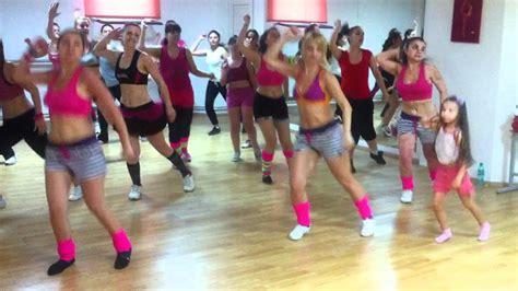 jennifer lopez zumba dance dance again jennifer lopez zumba cu ioana mov youtube