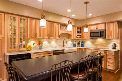 Lowes Hickory Kitchen Cabinets Rather Difficult To Handle Hickory Kitchen Cabinets Home Design Exterior