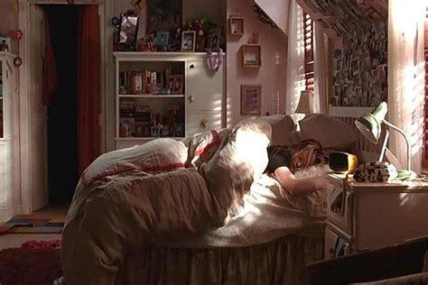 freaky friday bedroom google search room teen bedroom  bedroom aesthetic bedroom