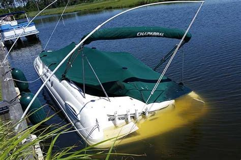 offshore boat fails when it rains boats sink seaworthy magazine boatus