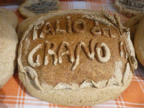 di grani antichi e pane con pasta madre tempa del fico pane d arte grani antichi lievito madre cilento
