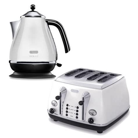 White 4 Slice Toaster And Kettle Set De Longhi Micalite 4 Slice Toaster And Kettle Bundle
