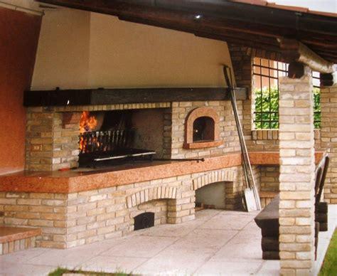 costruzione camino a legna camino con forno a legna rustico cerca con