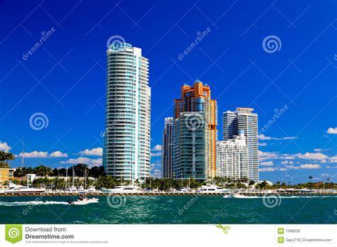 imagenes edificios miami los edificios altos en miami beach imagen de archivo libre