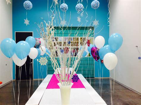 arreglos con globos de frozen decoracion de frozen globos decoracion de interiores