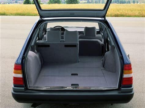 mercedes benz  class estate  classic car review