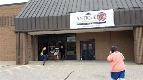 southside antique mall offers repurposed vintage items