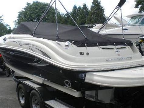 sea ray 240 sundeck boat reviews sea ray 240 sundeck for sale daily boats buy review