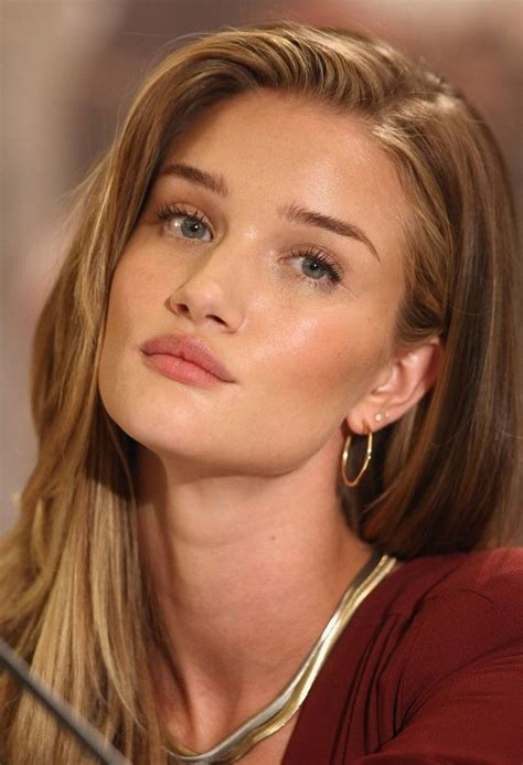 rosie huntington whiteley the 80 hottest pirelli 25 best ideas about rosie huntington whiteley makeup on