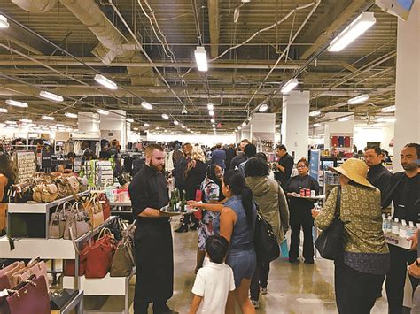 Nordstrom Rack Events by Nordstrom Rack Takes A Dtla Bow California Apparel News