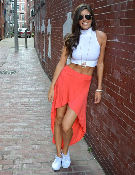 summer go to high waisted skirt and a crop top pumps iron