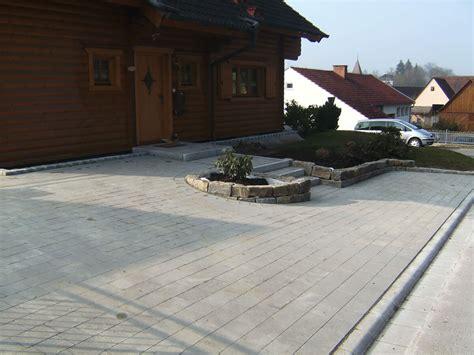 terrassenbau pflastern von hof einfahrt