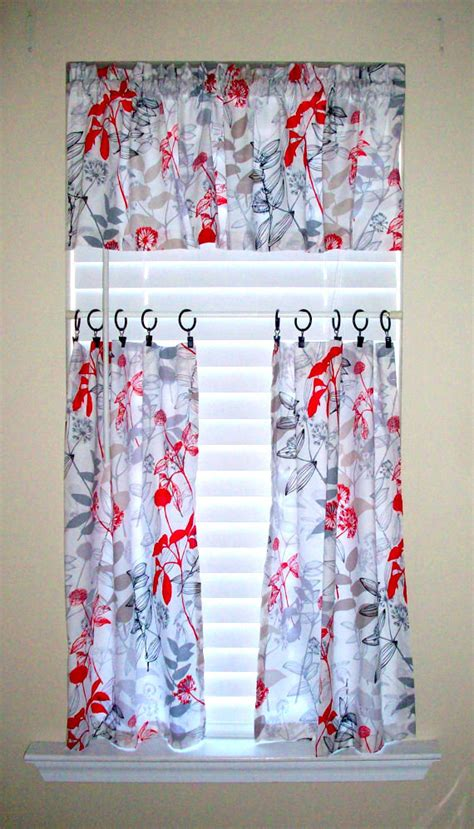 waverly cafe curtains items similar to kitchen cafe curtains 2 panels tiers