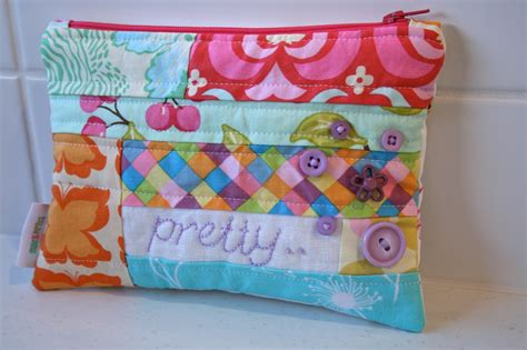 pattern for zippered pouch zippered pouch tutorial make it perfect