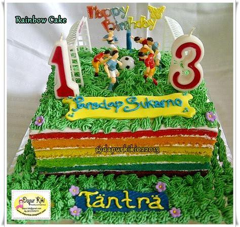 dapur kiki rainbow cake tema pemain bola