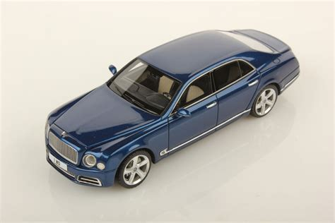 bentley mulsanne blue bentley mulsanne speed 1 43 looksmart models