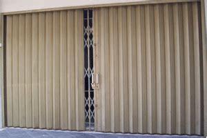 Mesin Press Kulit Besi Singlehot Press Machine daftar produk pintu gerbang besi manufaktur distributor agen supplier produk pintu gerbang