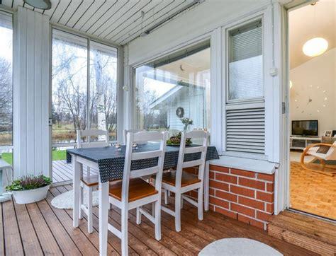 Veranda Ums Haus by Windschutz F 252 R Terrasse Und Balkon W 228 Hlen 20 Ideen Und Tipps