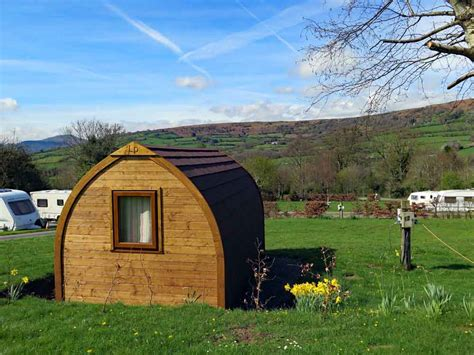 Brecon Beacons Log Cabins by Cing Brecon Beacons Cwmdu Caravan And Csite