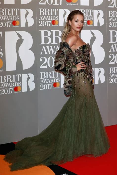 Brit Awards Fashion by Brit Awards 2017 All The Photo 7