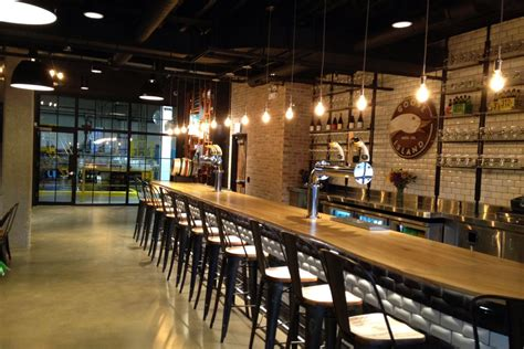 Fulton Tap Room by Forthcoming Goose Island Tasting Room To Pour Bourbon