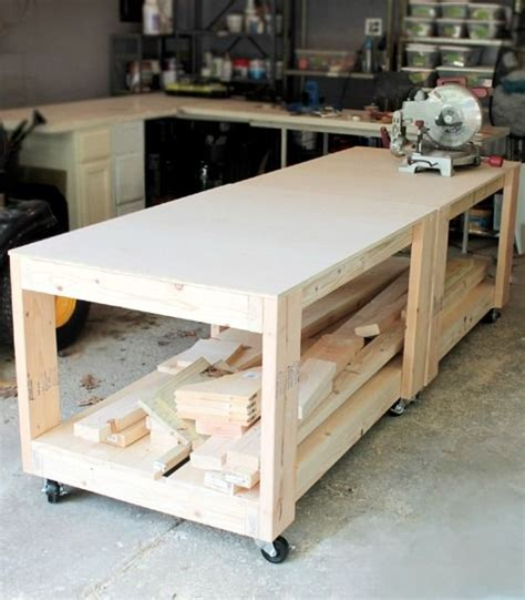rolling tool workbench this workbench is an easy build and makes for a super