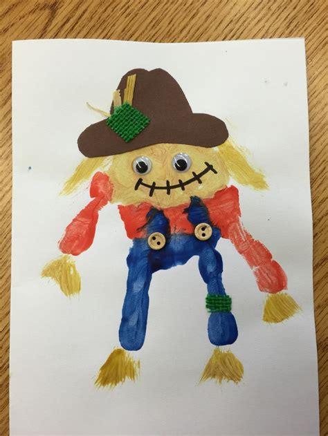 scarecrow pattern for kindergarten scarecrow handprint craft for preschool or kindergarten