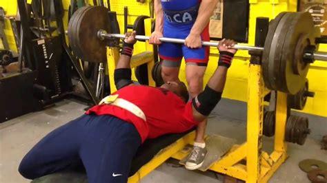 405 lb bench press kevin oak bench press pops 405 lb x 10 425 lb x 6 youtube