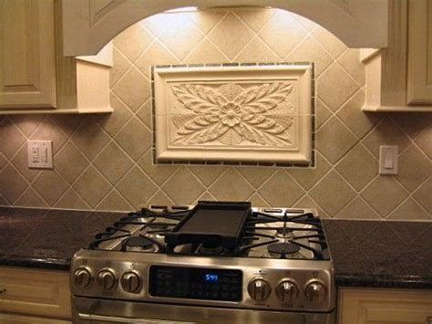 Decorative Kitchen Backsplash Tiles Crafted Kitchen Backsplash Tiles Using Colonial Flower Tile And Decorative Liners By