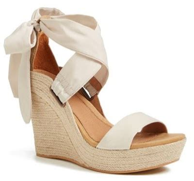 Sale Wedges Lv Grab It Fast currently obsessing v 65 meets bow