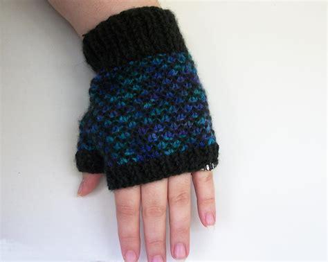 knitting pattern errors knit scale gloves knitting pattern by one stitch