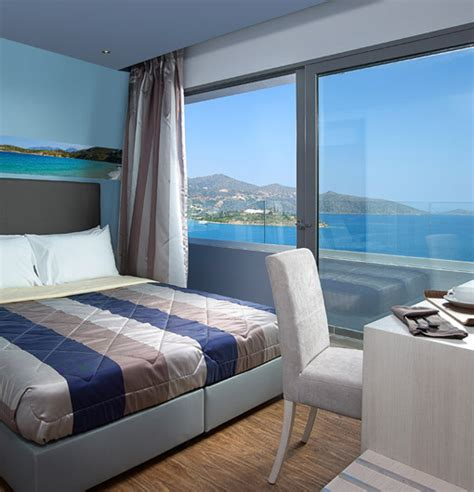 Bedroom Side View double or twin room with side sea view mistral bay hotel
