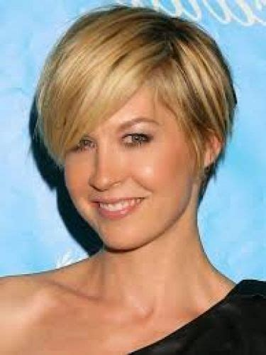 short haircuts for women over 60 with bangs 16 jenna elfman hair short hair 2 must see