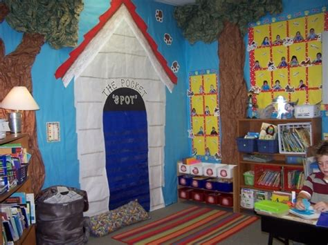 puppy theme puppy theme for my classroom clifford the big theme p