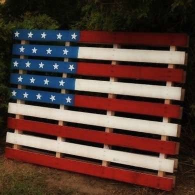 17 helpful tips before painting wooden pallets pallet ideas 1001 pallets need to and pallets painted pallets 4th of july decor patriotic diys for