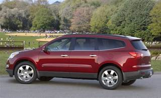 2011 chevrolet traverse chevy pictures photos gallery