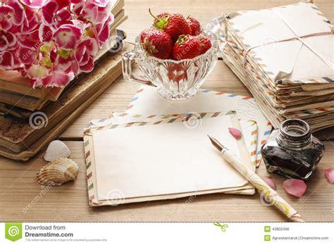 imagenes vintage libros letras libros y ramo del vintage de flores rosadas del