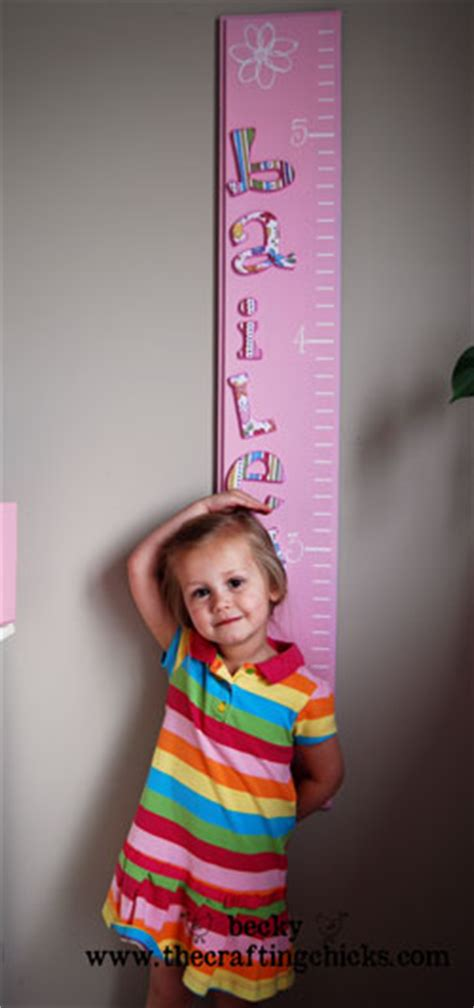 a little girl grew a 40 pound cabbage feeding 275 people diy growth chart the crafting