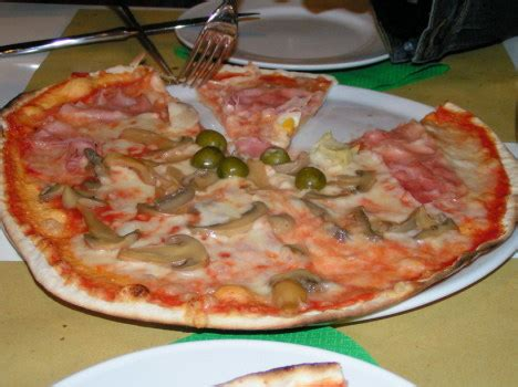 best cheap pizza in rome a guide to rome s cheapest restaurants visititaly info
