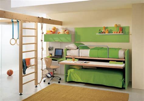 letti doppi per camerette cameretta con doppio letto e scrittoio estraibile 57 cia