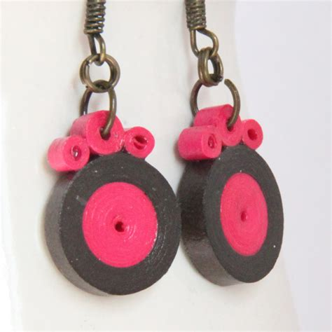 How To Make Earring With Paper - tutorial for paper quilled circle earrings honey s quilling